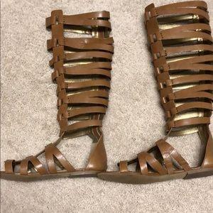 Gladiator cage sandals zip-up back size 8.5